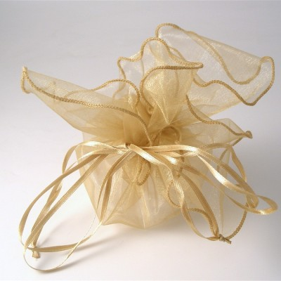 Favour boxes and bags